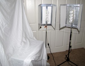 2x3 foamcore, powerstrip, 4 daylight rated 26w cfl bulbs with plug-in adapters, mic stand